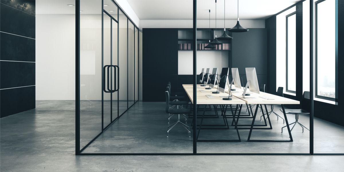 Büro ohne Sichtschutz mit Milchglasfolien